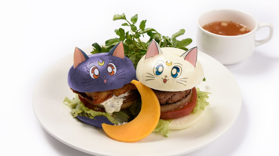 sailor moon cafè cats burger